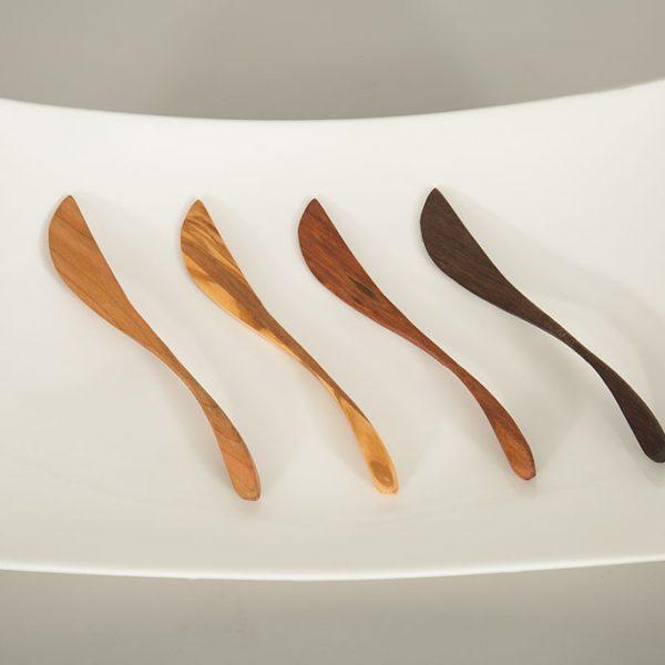 olive wood spreader